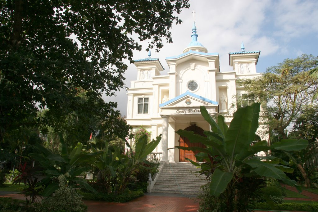 Santo Mikael Church.ipg